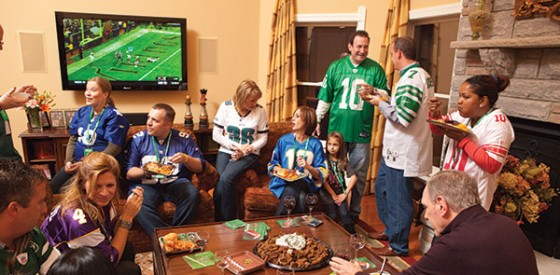 01superbowlparty-e1359779980743-560x275