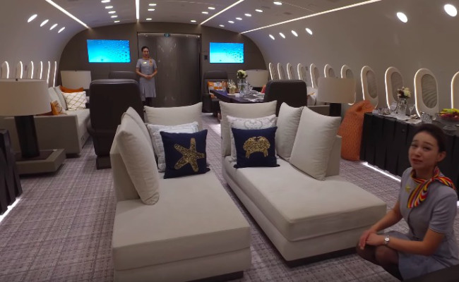 worlds-only-private-boeing-787-dreamliner